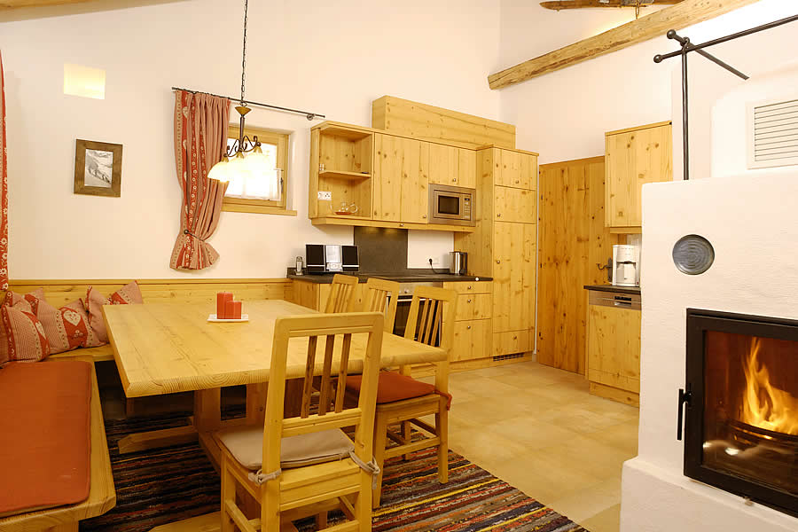 skih tte in sterreich ferienwohnung hochkrimml ferienhaus zillertal arena. Black Bedroom Furniture Sets. Home Design Ideas